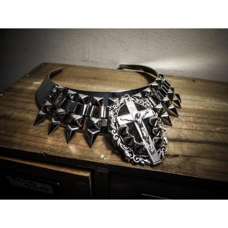 Collier torque argenté Spiky Goth Cross Malice