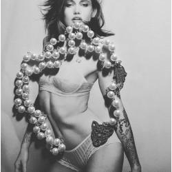 Chapelet rosaire perles ivoire main de fatima hamsa et léopard