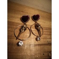 Boucles d'oreilles dorées coeur rouge velours Skullbird