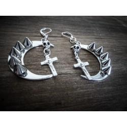 Boucles d'oreilles argentées Moon Spiky Cross Skull Ronyah