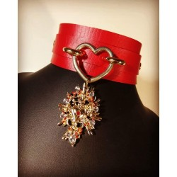 Collier cuir rouge coeur Punk Sacred Heart