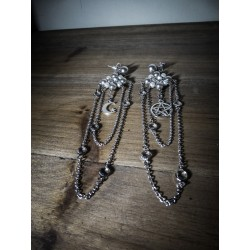 Boucles d'oreilles argentées perles chaines 666 Moon 666