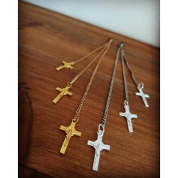 Bague d'oreille argenté ou doré au choix Croix Gina