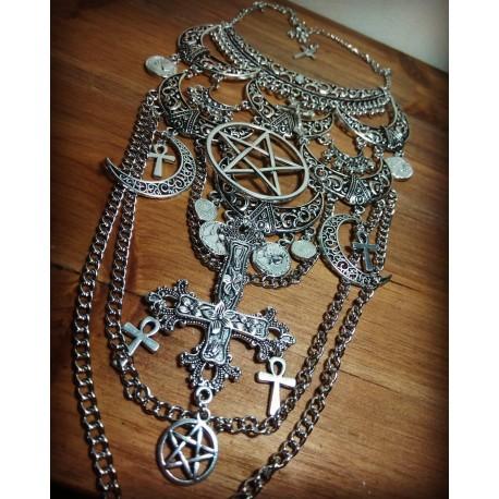 Collier maxi plastron lune argenté goth ankh pentagram 666 Inverted Cross 666