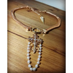 Collier doré ras de cou 666 Croix Baroque Perles 666