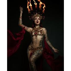Collier doré Queen of the Damned Cervena