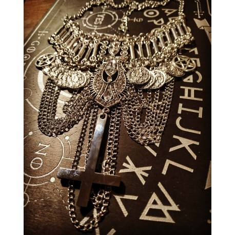 Collier argente chaines Strass Inverted Cross