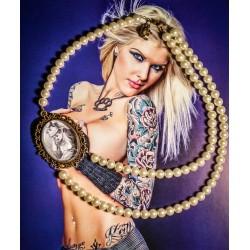 Collier perles crème bronze cabochon Alice aux pays des merveilles De l'autre côté du miroir ♠Alice♠