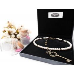 """Collier perles crème couleur bronze grande clef Rosace """"Esmeralda"""""""