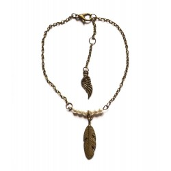 "Bracelet couleur bronze perles et plumes ""Pearl & Feather"""