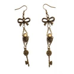 """Boucles d'oreilles couleur bronze tête de mort et clef """"Gothic"""""""