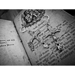Boucles d'oreilles argentées croix crucifix chapelet style ♰Kat von D♰