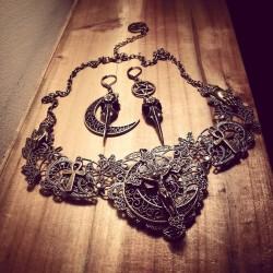 Collier bronze dentelle pentagram lune ♠ Witchy ♠