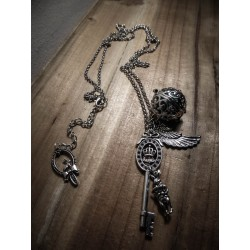 "Collier sautoir argenté bola de grossesse steampunk ""Alice in Wonderland"""