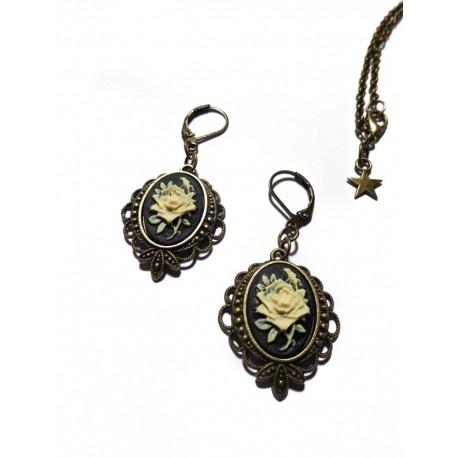 """Boucles d'oreilles bronze Camée Bohème Chic calavera gypsy """"Roses"""""""