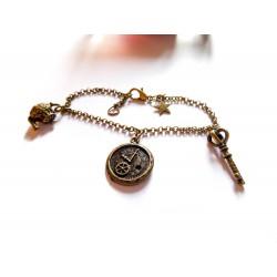 Bracelet bronze steampunk Alice aux pays des merveilles
