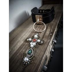 Collier cuir noir vegan doré croix Russian Doll