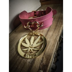 Collier cuir rose vegan doré 420 Pentagram 420